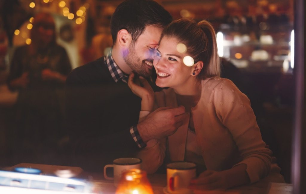 5 Tips for Staying Safe When Online Dating
